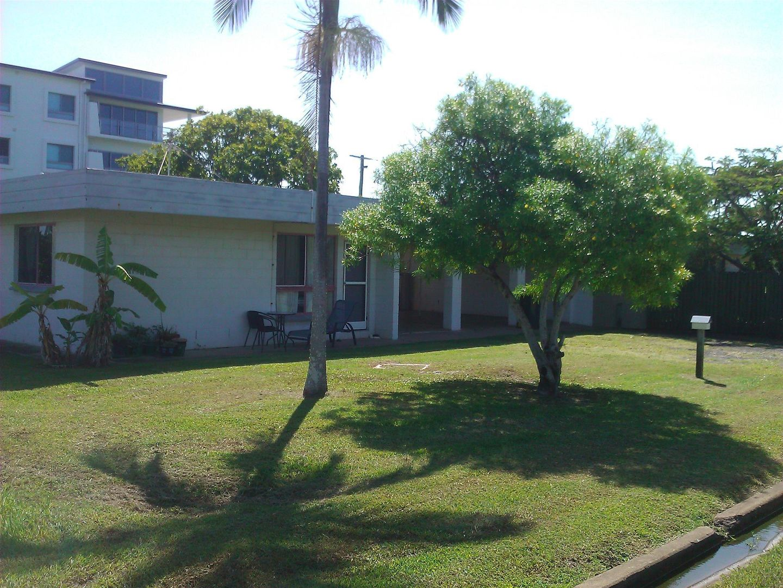 3/7 McCavanagh Street, Bargara QLD 4670, Image 0