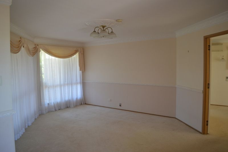194 Stenner Street, Middle Ridge QLD 4350, Image 2