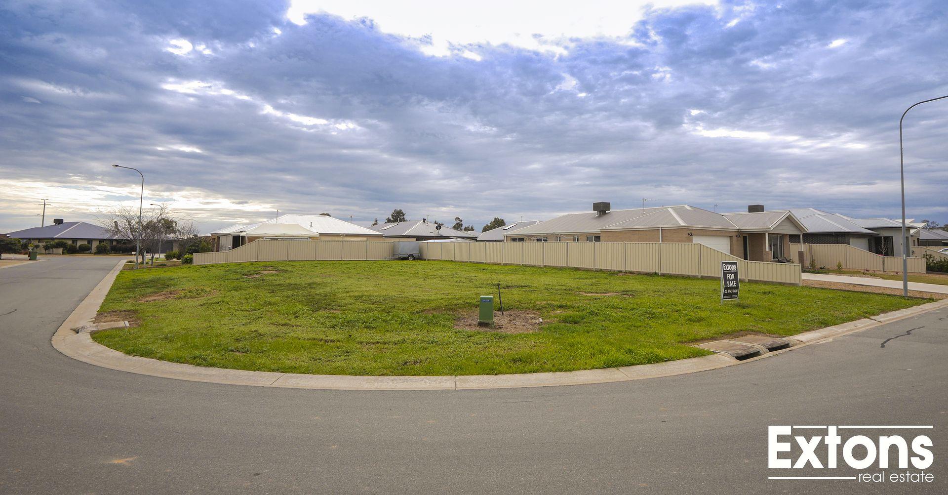 28-32 HEATHER CIRCUIT, Mulwala NSW 2647, Image 1