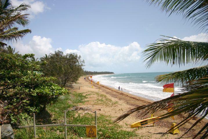 16 Ferries Terrace, Sarina Beach QLD 4737, Image 2