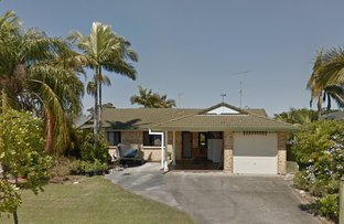 Picture of 28 Namatjira Court, Broadbeach Waters QLD 4218