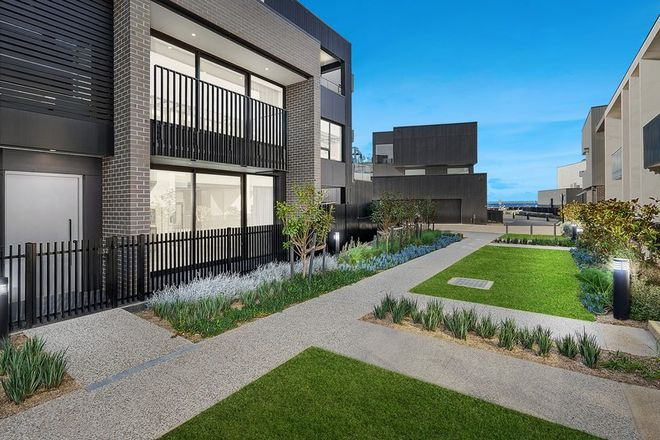Picture of 32 Harbourside Drive, RIPPLESIDE VIC 3215