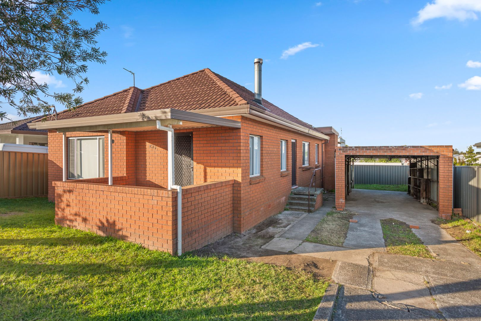 235 Shellharbour Road, Barrack Heights NSW 2528, Image 1