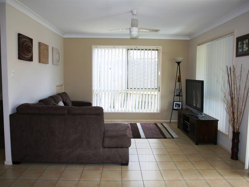 33 Bedivere Drive, Ormeau QLD 4208, Image 2