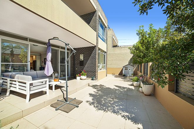 Picture of 2/7 Harrington Avenue, CASTLE HILL NSW 2154