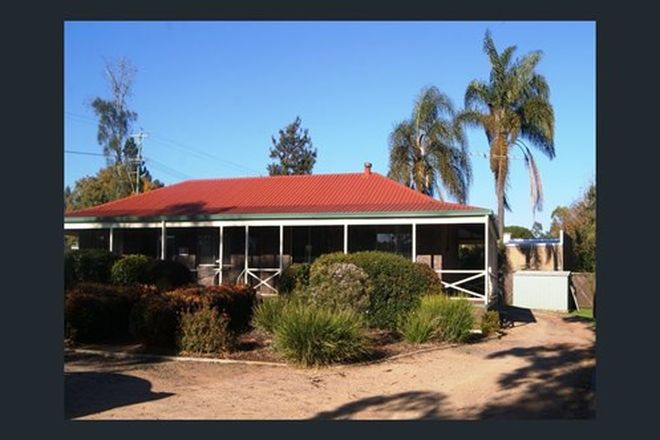 Picture of 1/1 Highfields Road, HIGHFIELDS QLD 4352