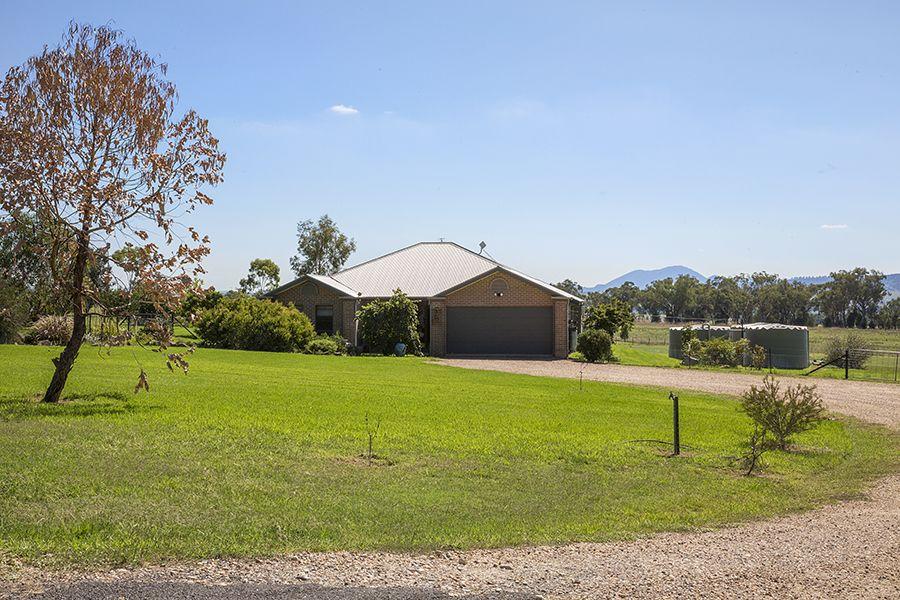 3 Greentrees Drive, Quirindi NSW 2343, Image 0