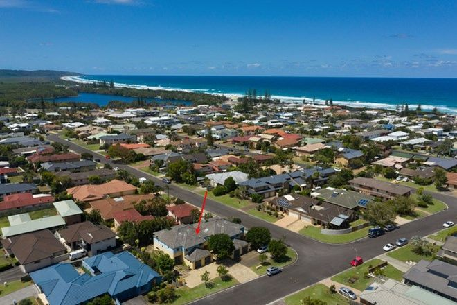 Picture of 3/8 Alison Avenue, LENNOX HEAD NSW 2478
