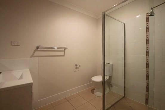 2/6 Adam Court, Kallangur QLD 4503, Image 2