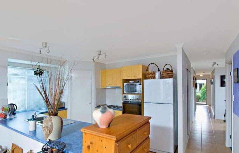 10 Montserrat Crescent, Caloundra West QLD 4551, Image 2