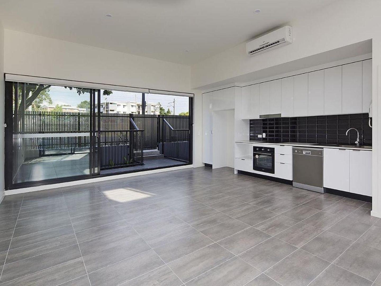 3/62 Shottery Street, Yeronga QLD 4104, Image 2