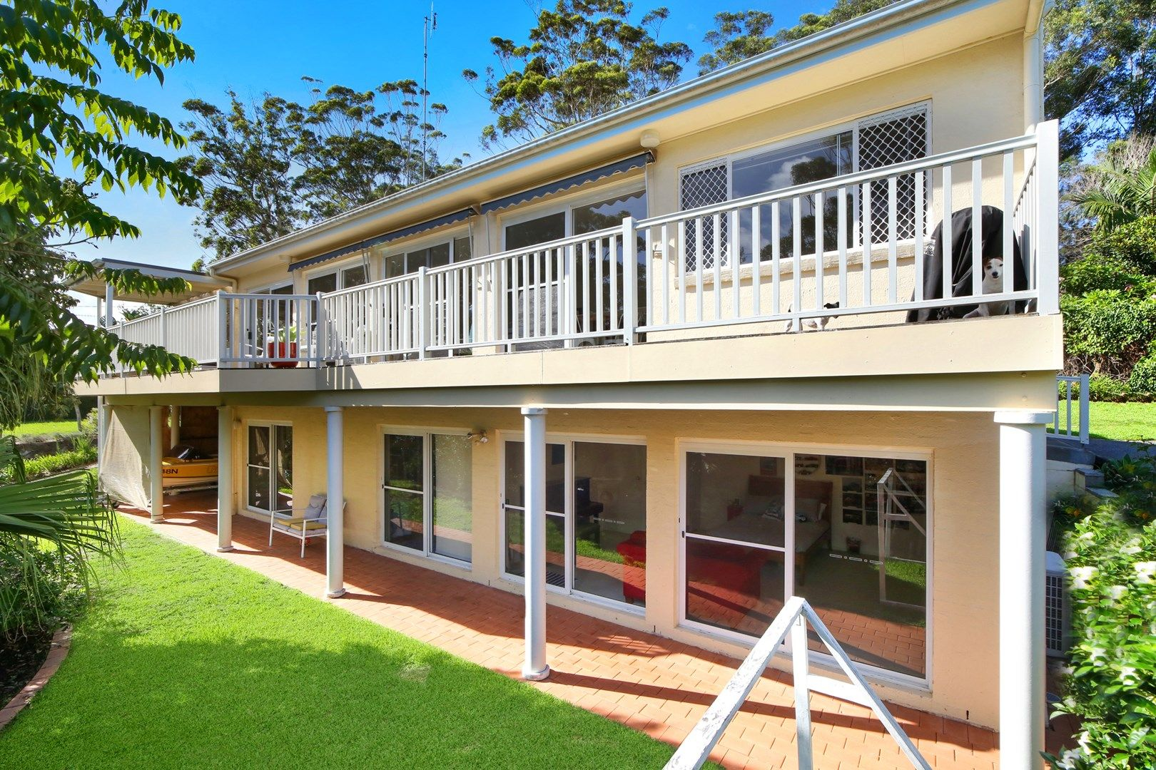 12 Lakeside Drive, MacMasters Beach NSW 2251, Image 0