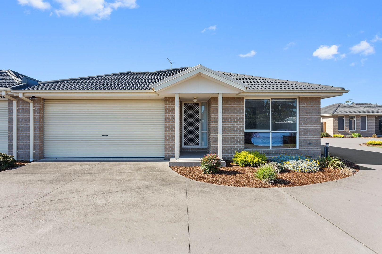 2/8 Flinders  Road, Longwarry VIC 3816, Image 0