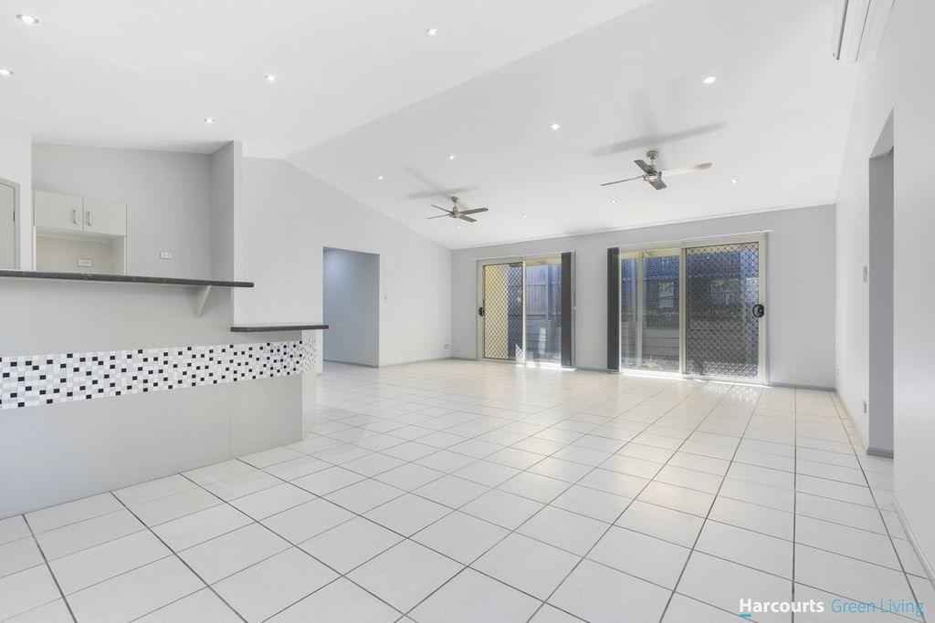 53 Williams Street, Wakerley QLD 4154, Image 2