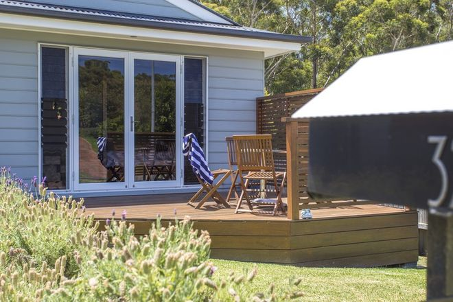 32 Oxley Crescent, MOLLYMOOK NSW 2539
