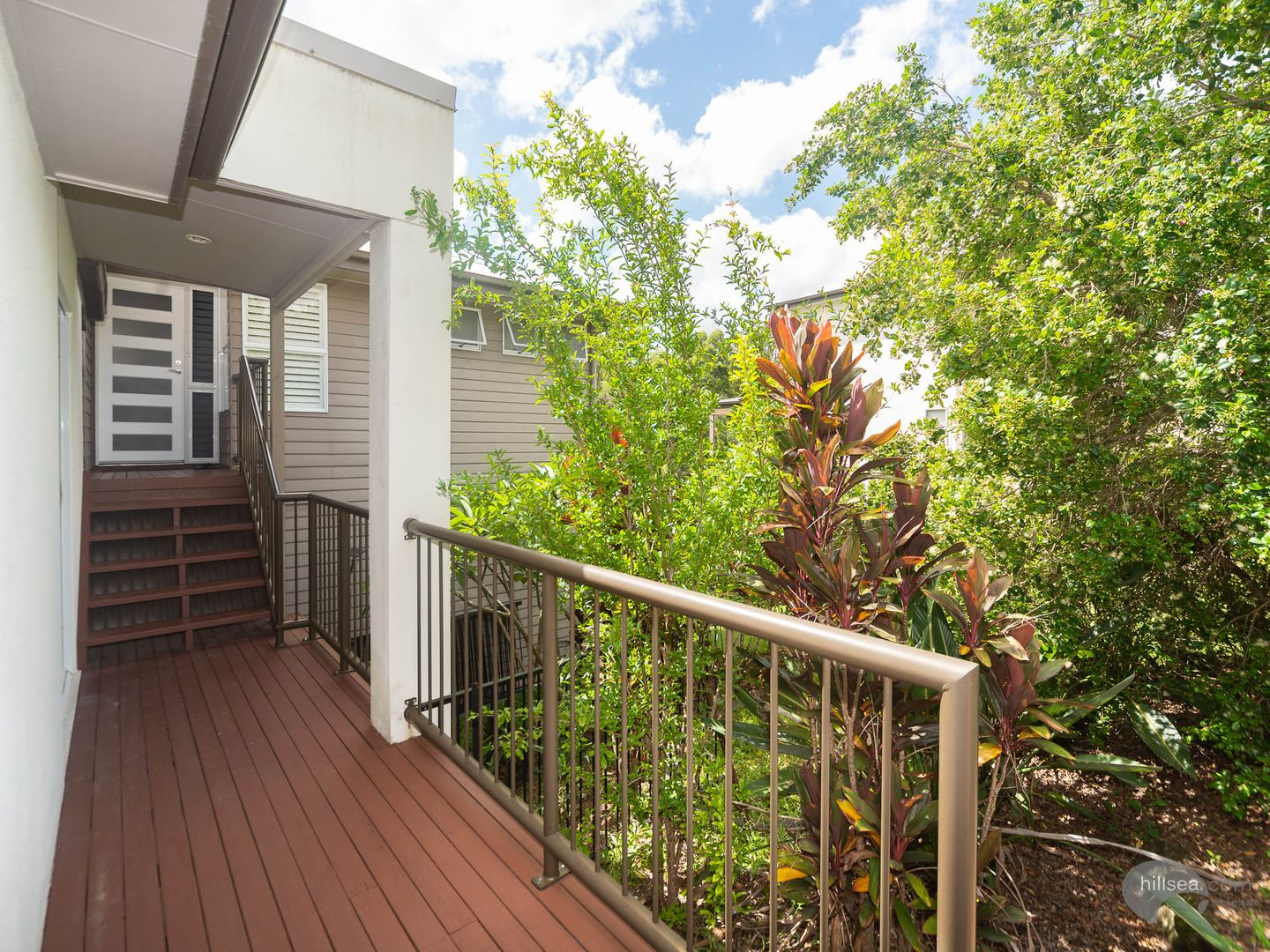 10 Silver Dawn Crescent, Oxenford QLD 4210, Image 1