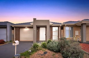 Picture of 10 Harper Street, Melton South VIC 3338