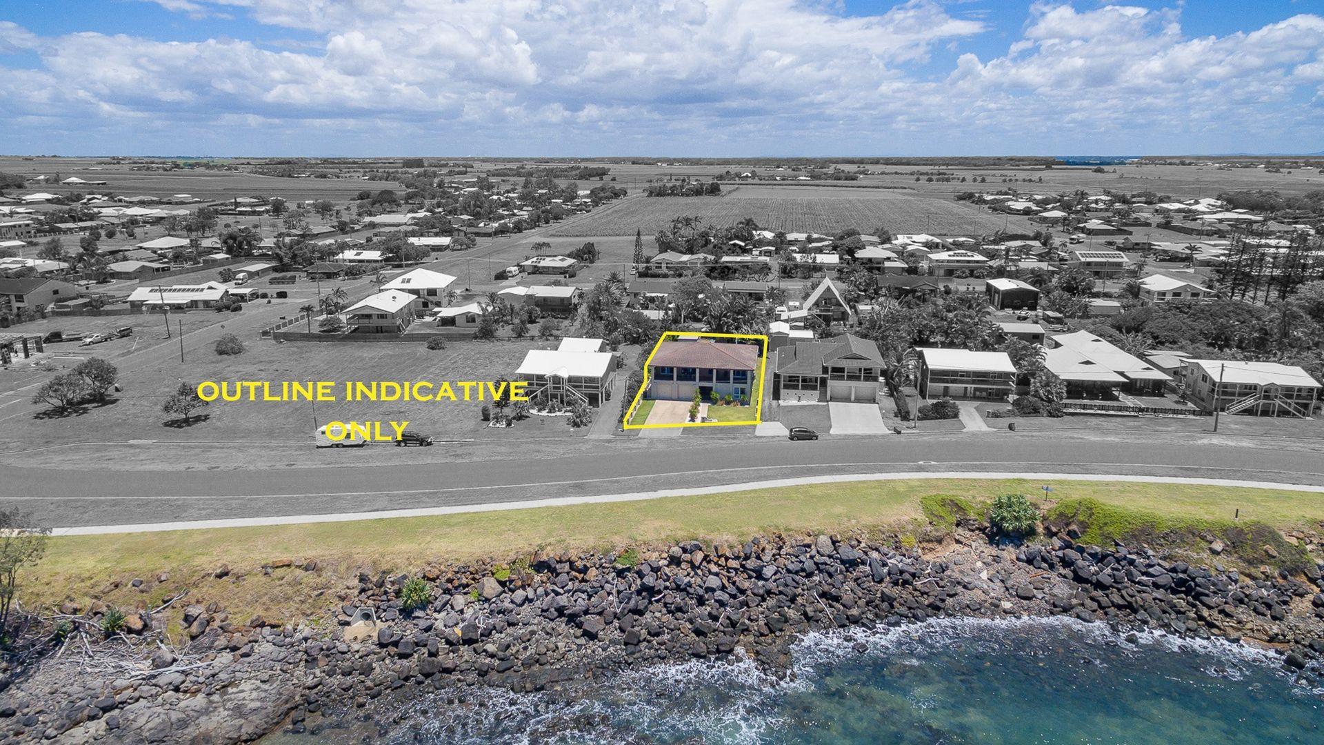 115 Sea Esplanade, Burnett Heads QLD 4670, Image 1