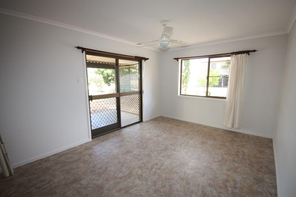 13 Bundalba Street, Biloela QLD 4715, Image 2