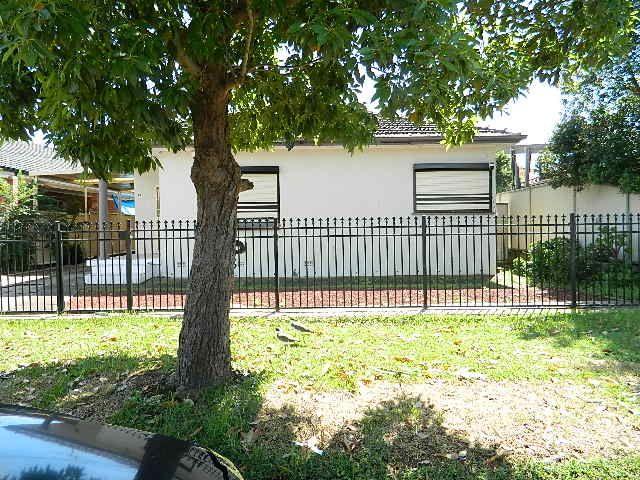 13 Veron Street, Fairfield East NSW 2165, Image 1