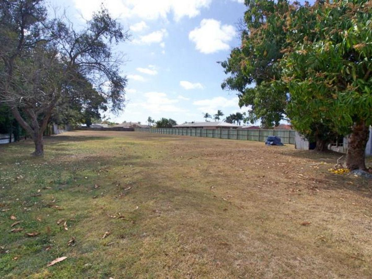 12 Chards Road, Avenell Heights QLD 4670, Image 2