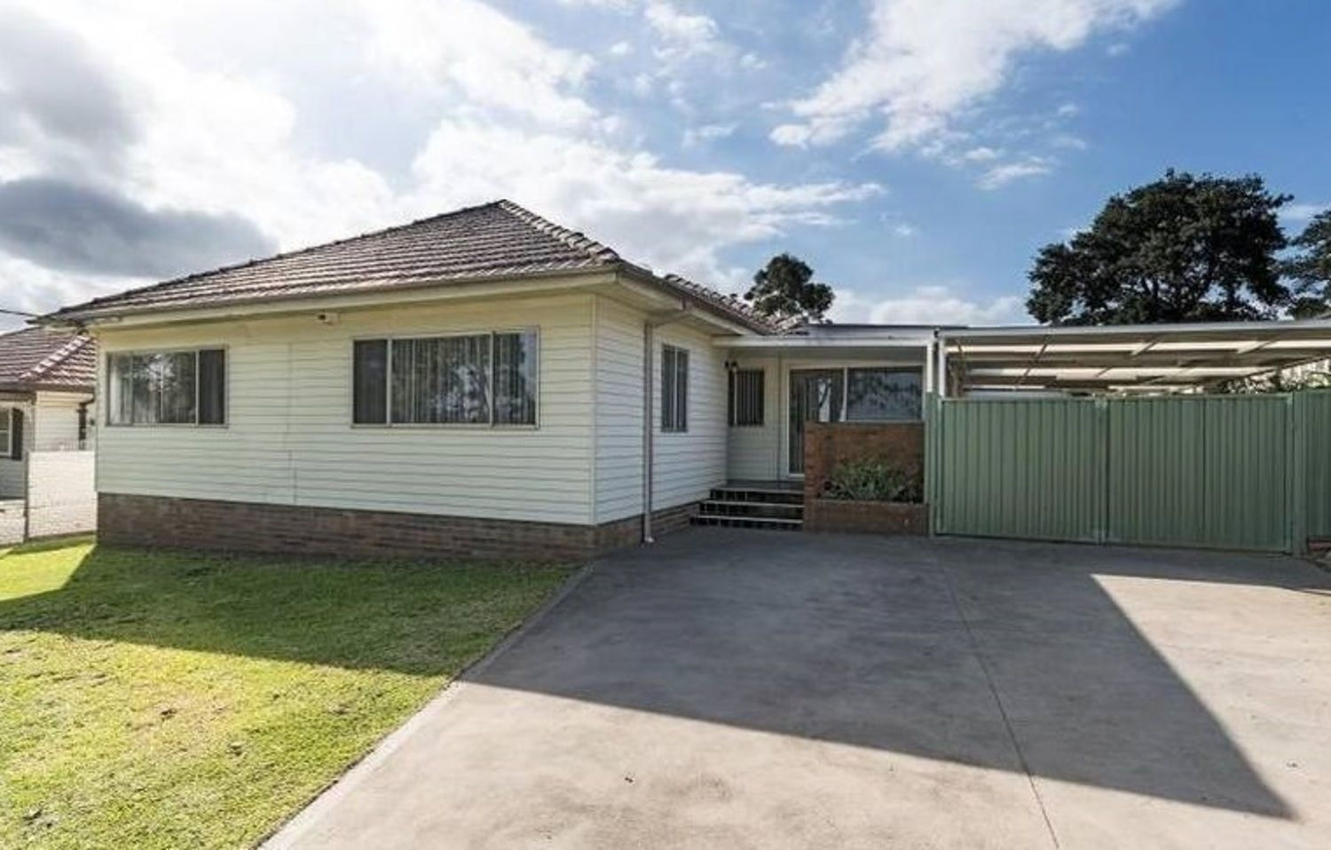 20 Halcyon Avenue, Padstow NSW 2211, Image 0