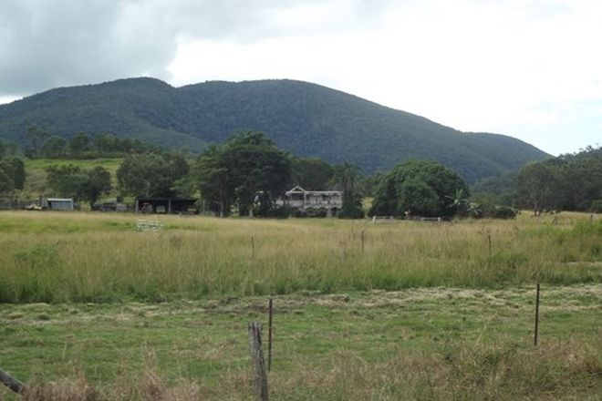 Picture of BLUE MOUNTAIN QLD 4737