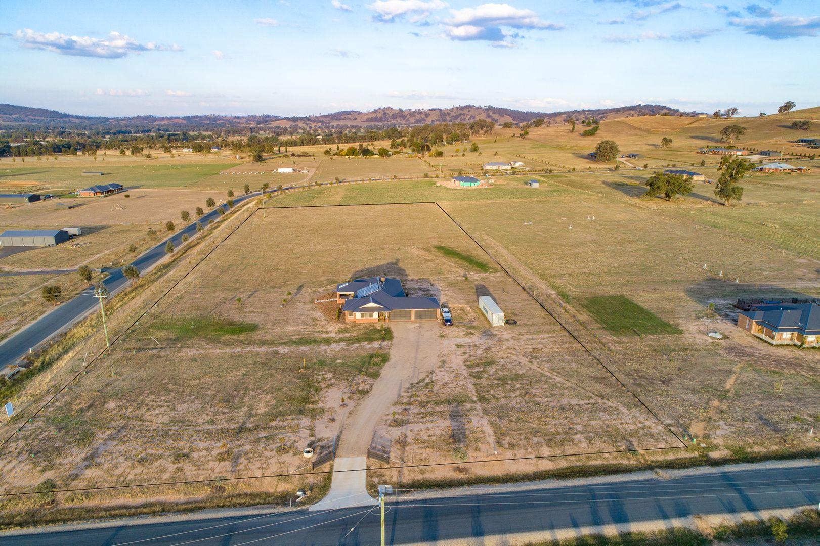 7 Gardenia  Place, Jindera NSW 2642, Image 0