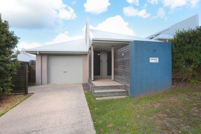 Picture of 19 Emerald Crescent, SPRINGFIELD QLD 4300