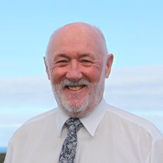 Kevin McMahon, Sales representative