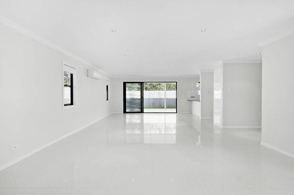 79 Strong Avenue, Graceville QLD 4075, Image 2