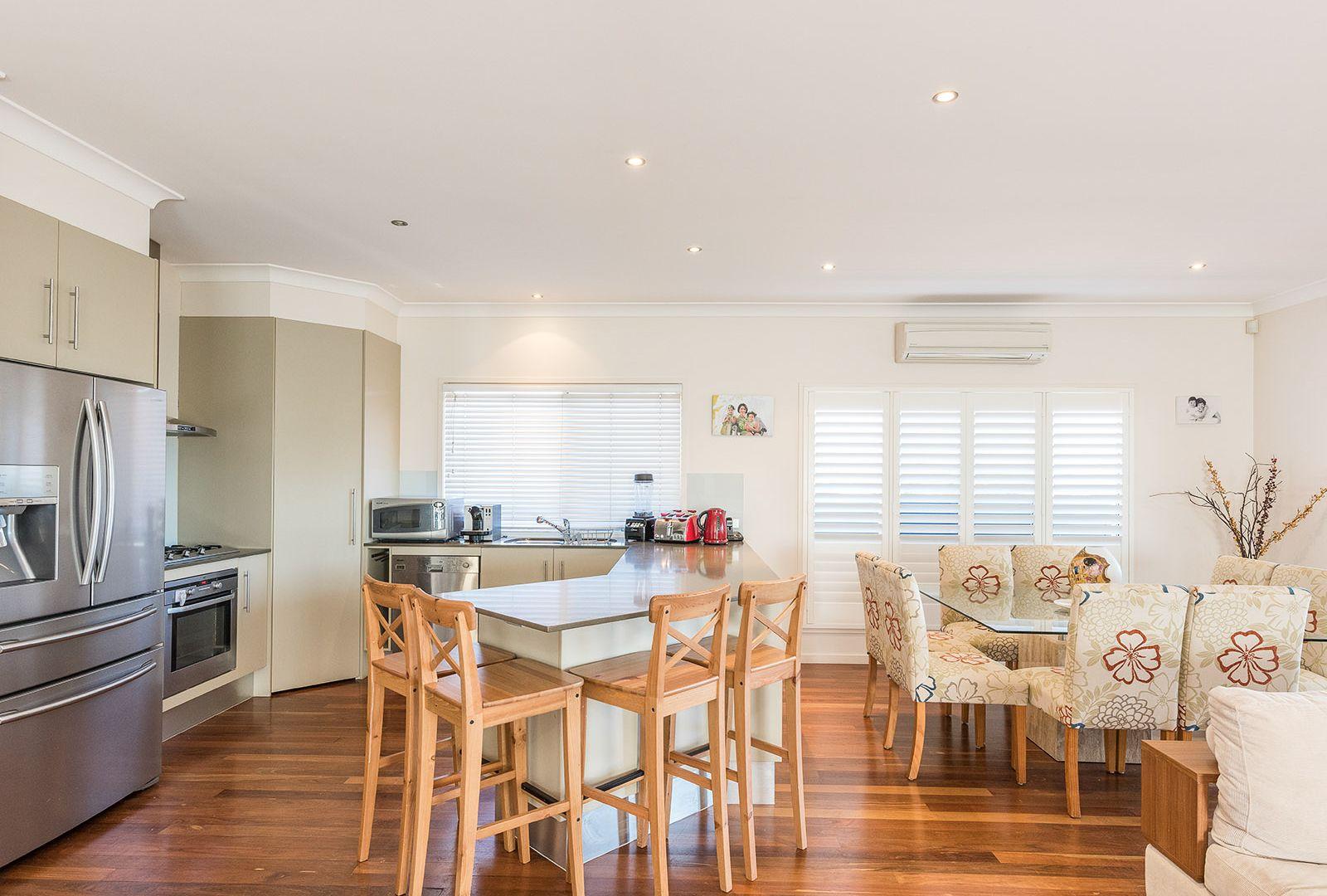 72 Wyena Street, Camp Hill QLD 4152, Image 2