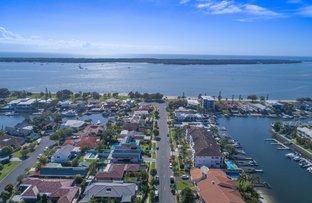 Picture of 2/15 Jennifer Avenue, Runaway Bay QLD 4216