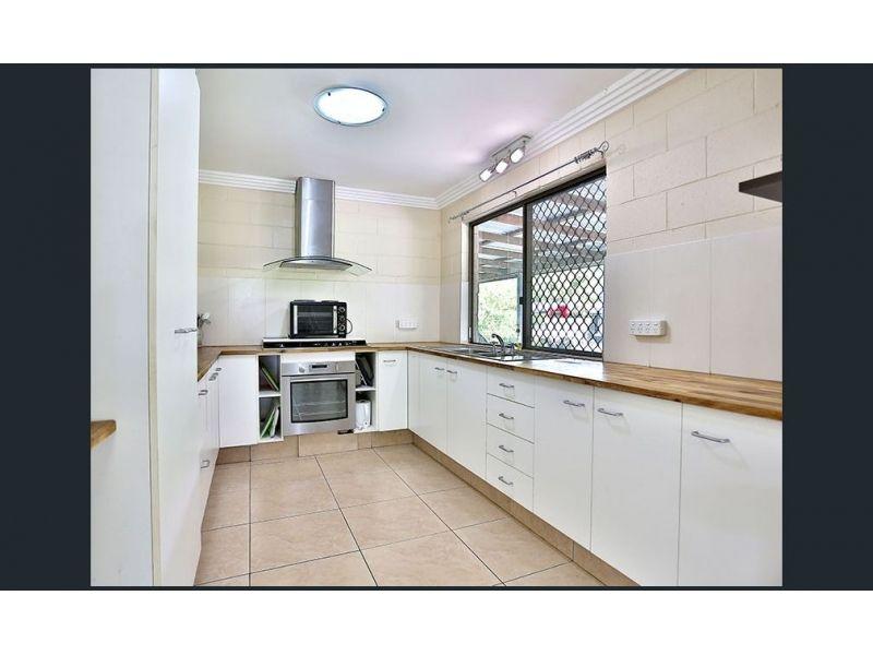 9 Fairmount Street, Elimbah QLD 4516, Image 2