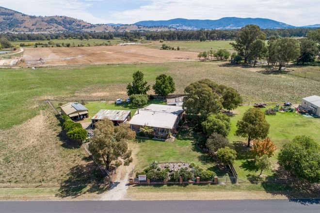 Picture of 107 Kiewa-Bonegilla  Road, TANGAMBALANGA VIC 3691