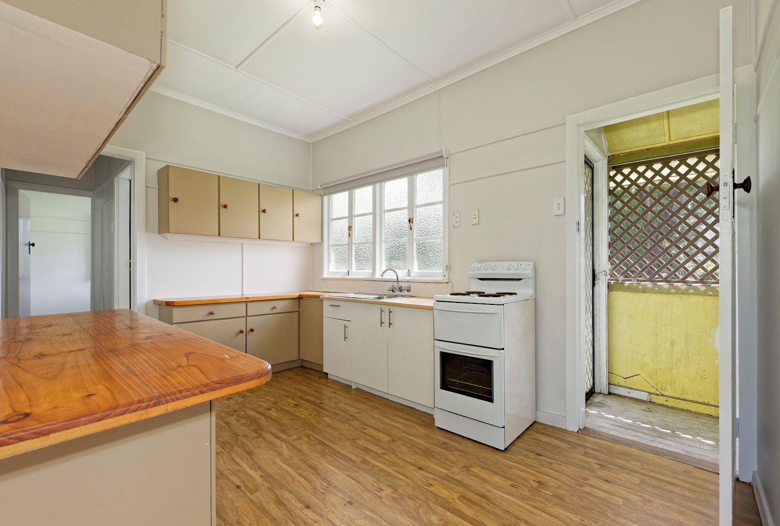10 Balal Street, Stafford QLD 4053, Image 2