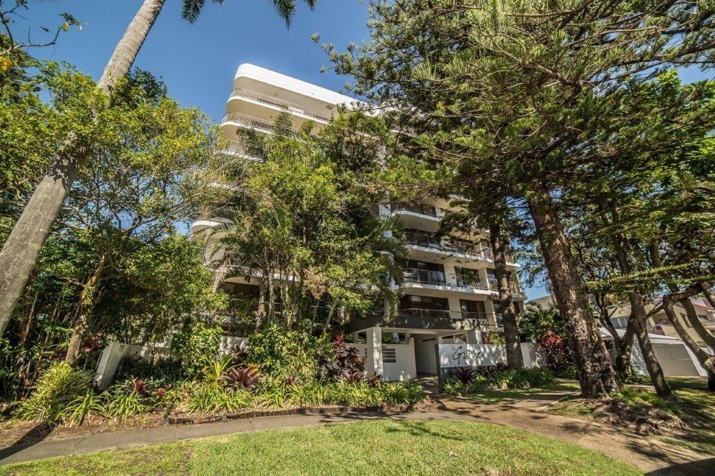 Armrick Ave, Broadbeach QLD 4218, Image 2