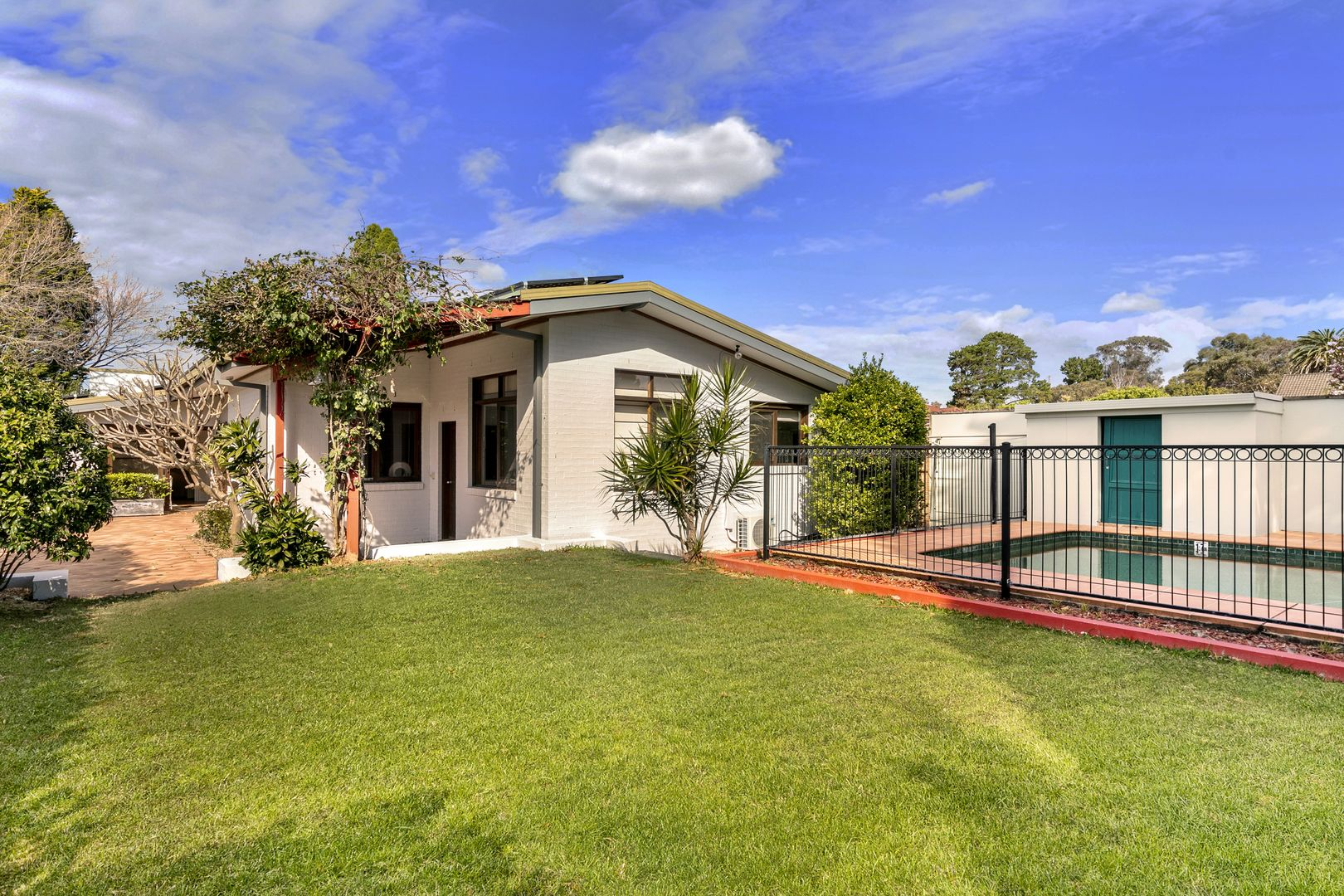 138 Bantry Bay  Road, Frenchs Forest NSW 2086, Image 2