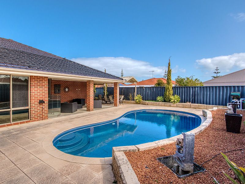 41 Sainte Maxime Avenue, Port Kennedy WA 6172, Image 2