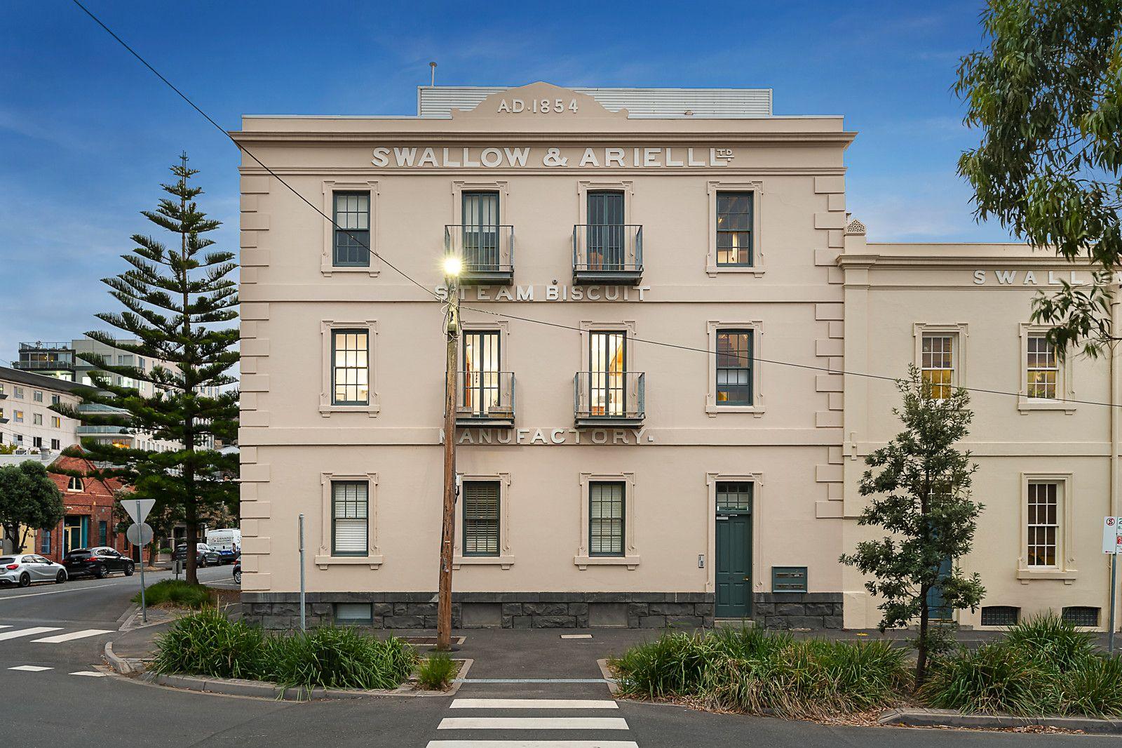 2/241 Rouse Street, Port Melbourne VIC 3207, Image 0