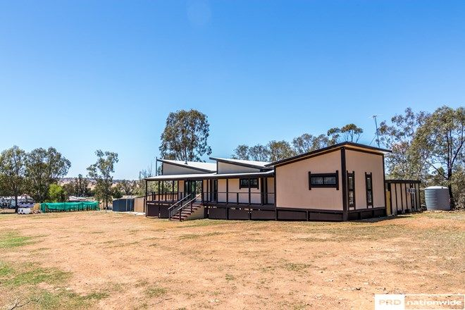 Picture of 98-100 Scotland Street, SOMERTON NSW 2340
