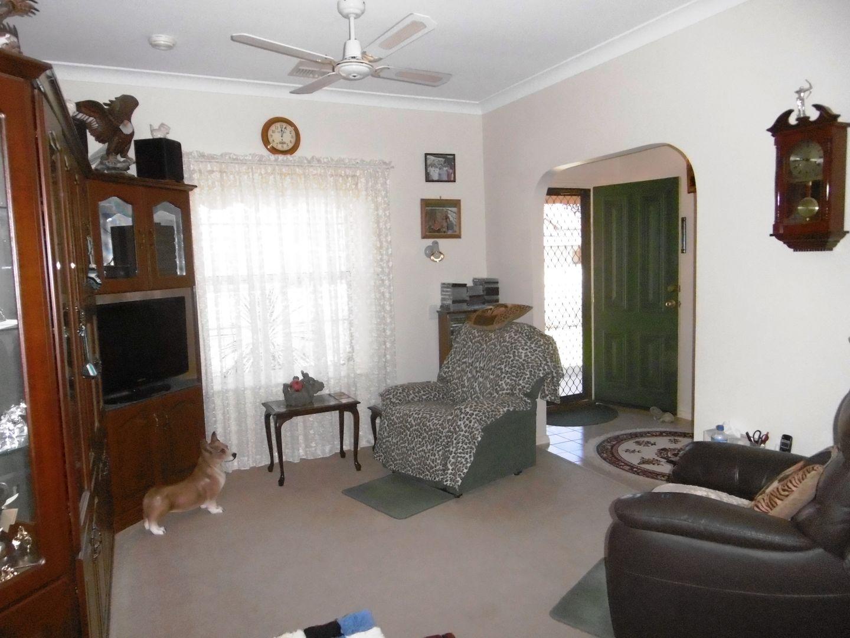 35 Clifton Road, Jamestown SA 5491, Image 2