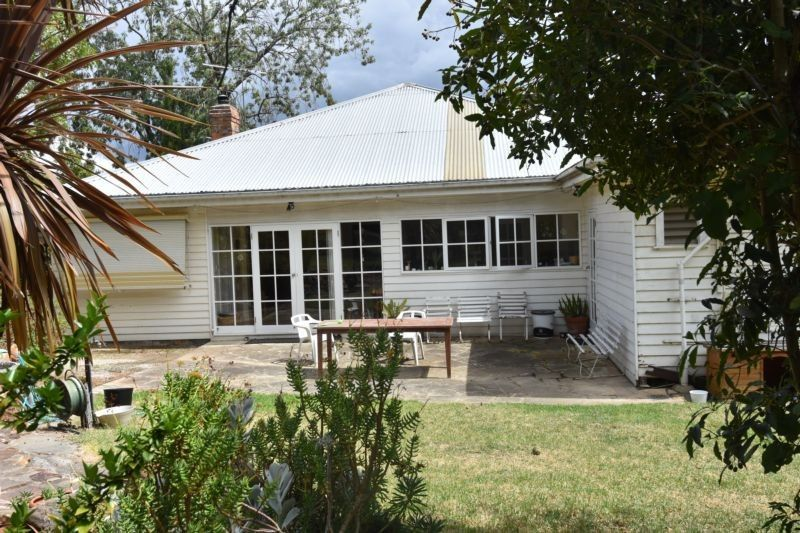 106 Thompson Crescent, Research VIC 3095, Image 0