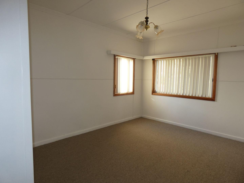 1  Dry Street , Boorowa NSW 2586, Image 1