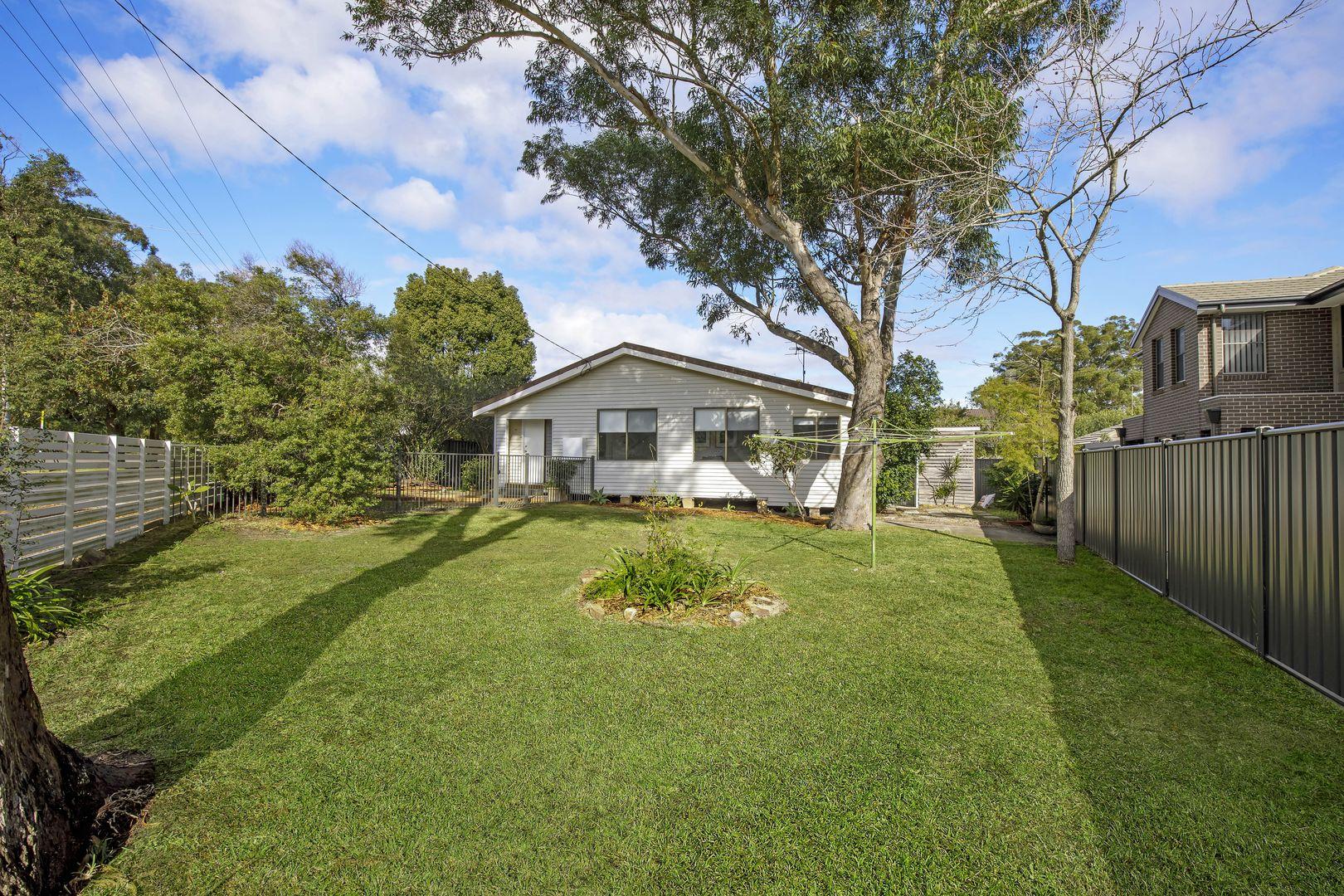 8 Gallipoli  Avenue, Blackwall NSW 2256, Image 2