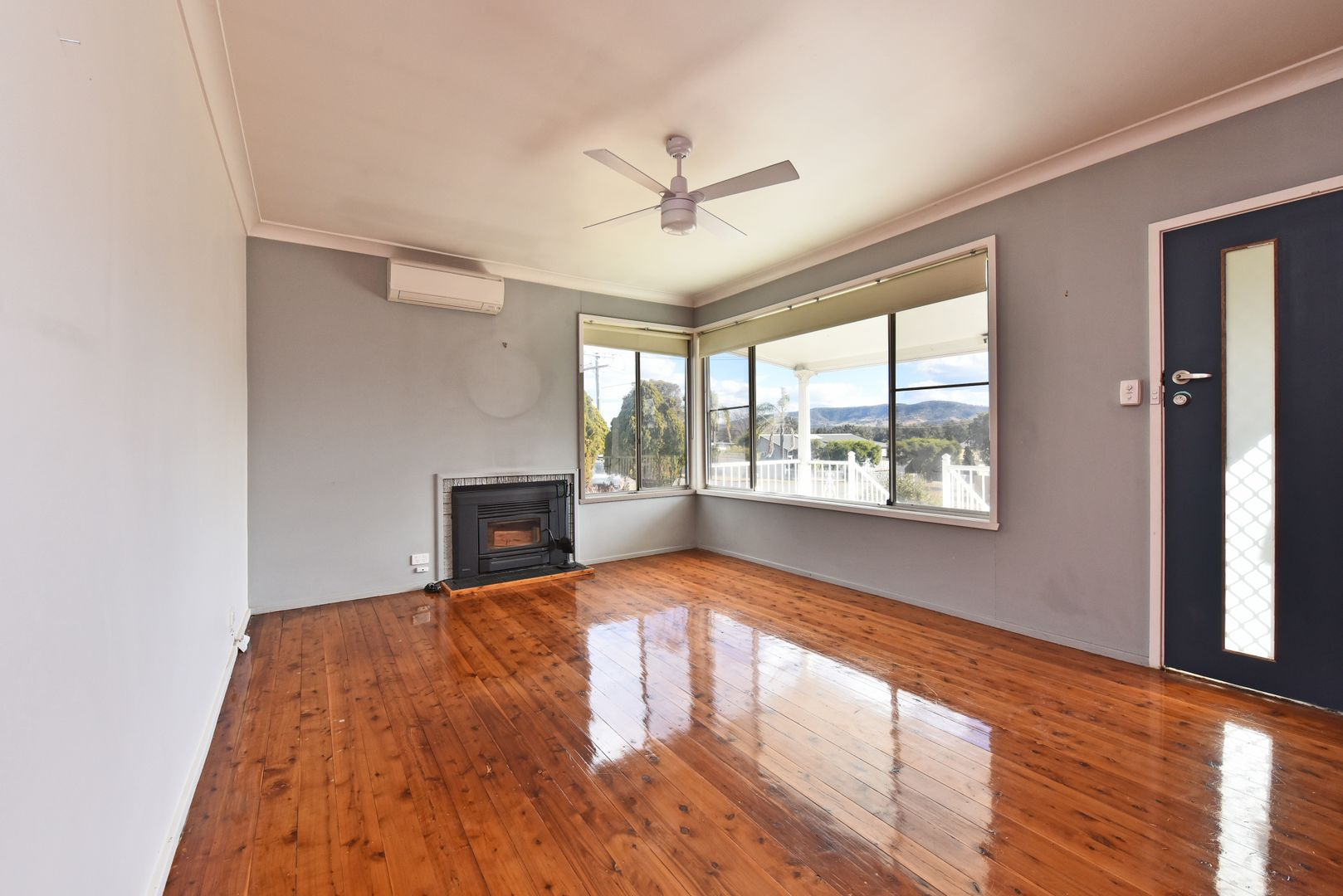 133 Macquarie Avenue, Cessnock NSW 2325, Image 2