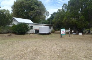 Picture of 6 Showgrounds Road, Mount Morgan QLD 4714