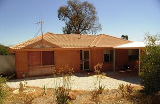 2 Manooka Court, Eaglehawk VIC 3556