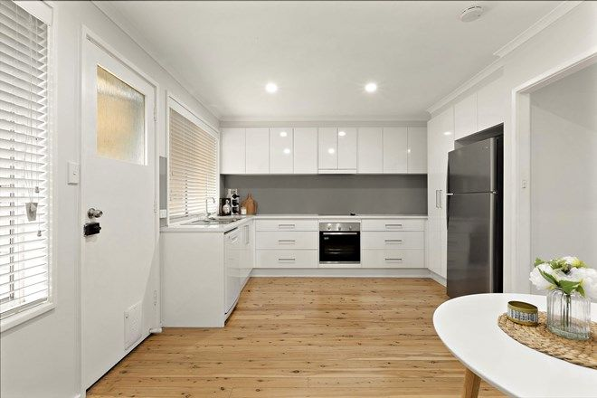 Picture of 11 Lawson Avenue, CAMDEN SOUTH NSW 2570