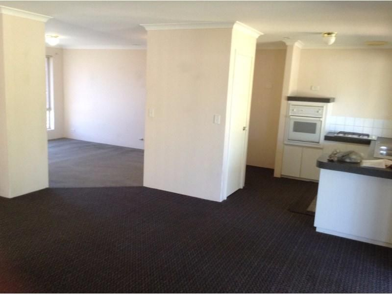 25 Hartford Ramble, Currambine WA 6028, Image 2